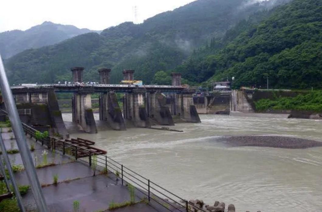 Кумская гидроэлектростанция